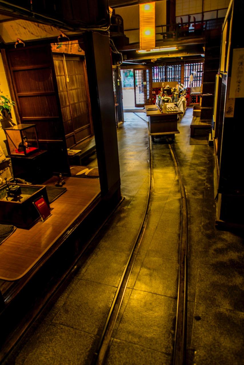 岩村醸造蔵内の様子